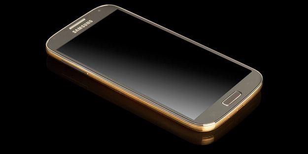 Позлатен Samsung Galaxy S4