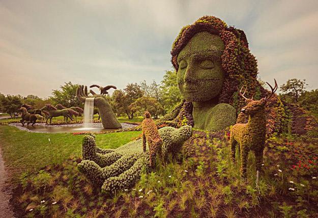Импозантни скулптури од растенија