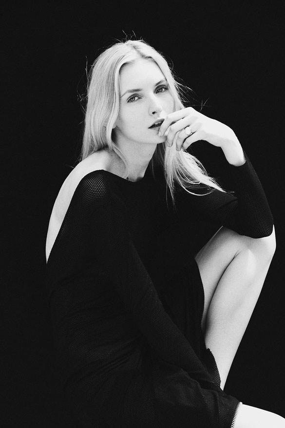 Црно-бели портрети со силна експресија