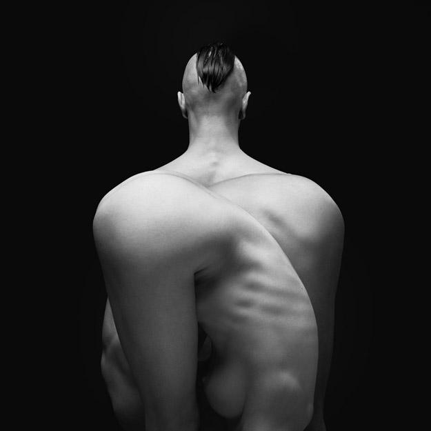 Оптички илузии креирани со голи тела