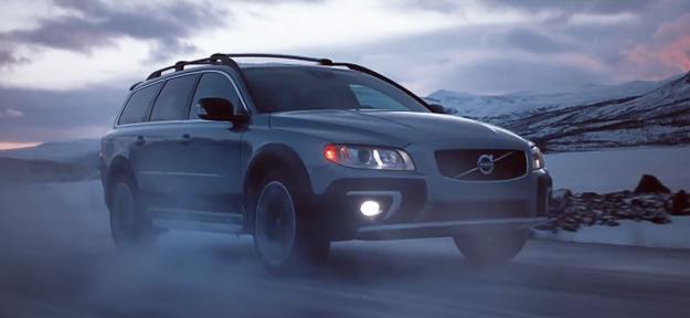 """Шведскиот фудбалер Златан Убрахимовиќ во реклама за новиот """"Volvo XC70"""""""