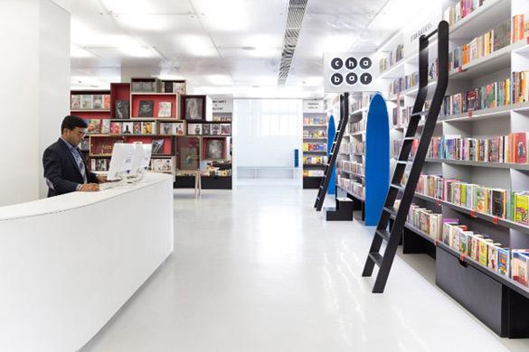 Oxford-Bookstore-in-New-Delhi-iLike-mk-009