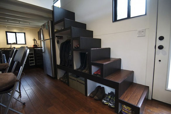 Tiny-200-Square-Foot-Off-The-Grid-Residence-3