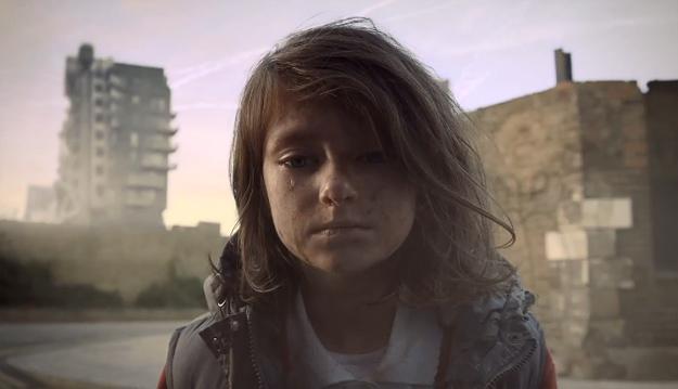 Шокантно видео за уништување на животот на едно мало девојче