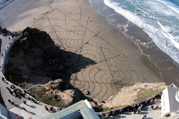 Sand-Paintings-by-Andres-Amador-iLike-mk-008