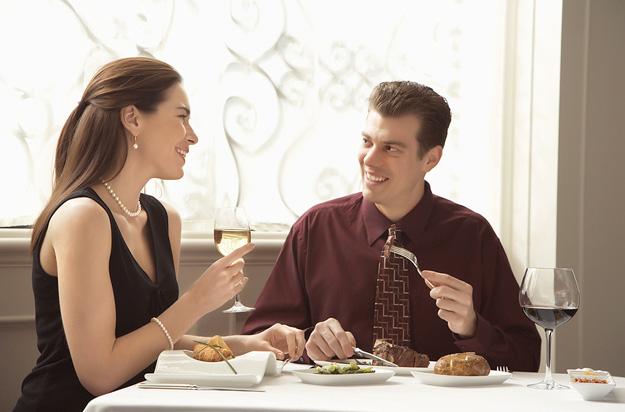 couple-dinner-iLike-mk