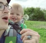 Bebe-zarazno-se-smee-iLike-mk