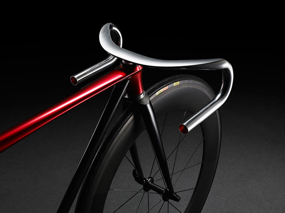 Ultra-Minimalist-Bicycle-by-Mazda_1