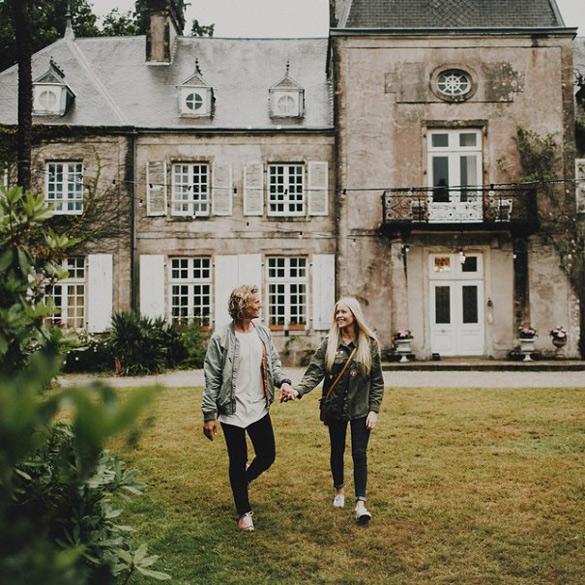 couple-traveling-around-world-photography-samuel-hildegunn-scandinavia-29-605x605