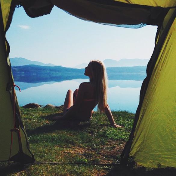 couple-traveling-around-world-photography-samuel-hildegunn-scandinavia-37-605x605