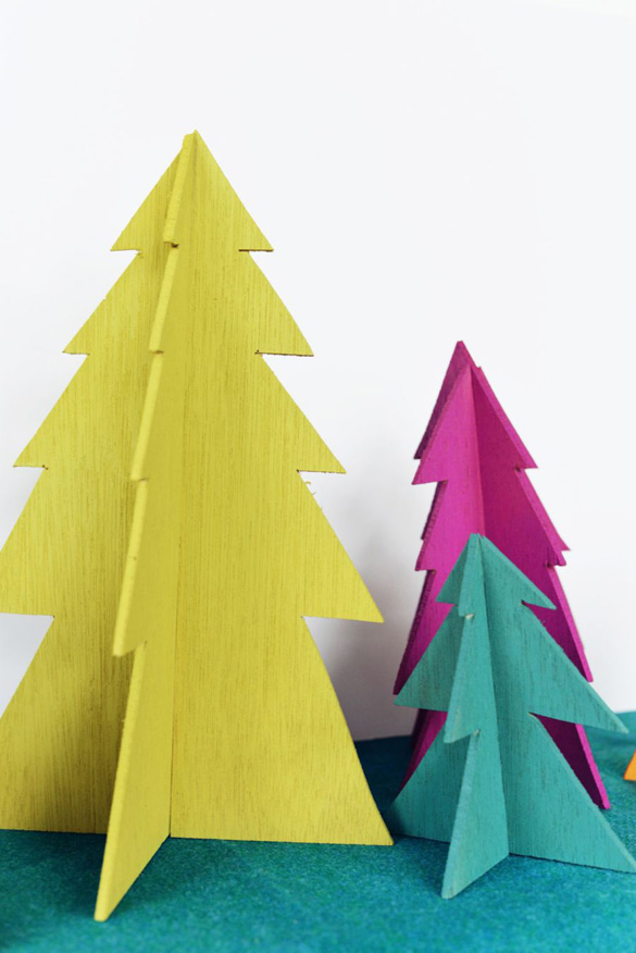 diy-wooden-christmas-tree-finished