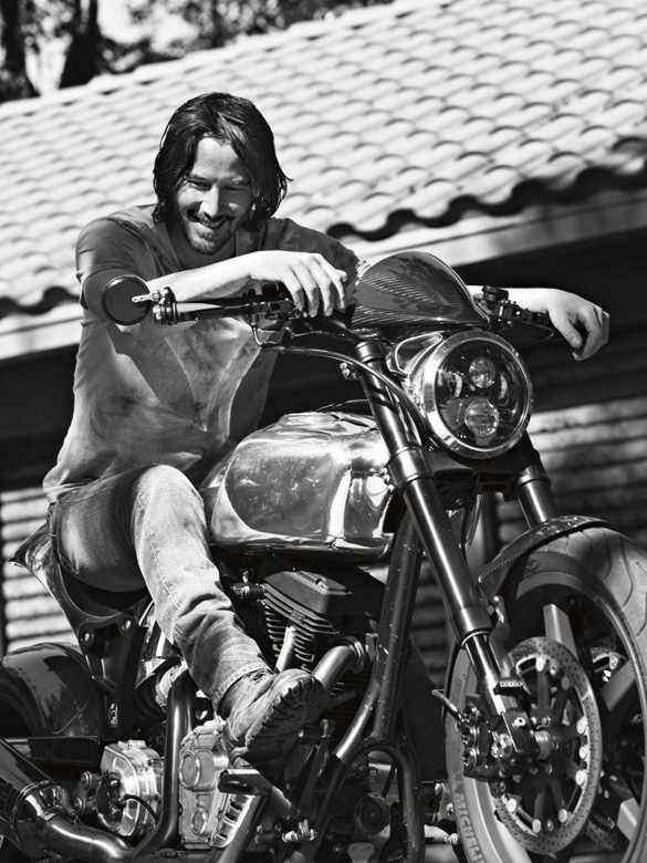 gallery-1486659011-keanu-reeves-esquire-interview-2